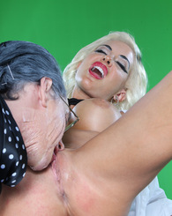 Busty blond Helly Mae Hellfire sucking and fucking huge cock