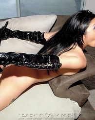 Fetish bitches in leather stockings and latex want hardcore