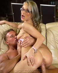 Big mouth girl with glasses loves blowjobs and facial action