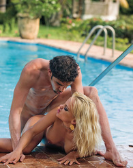 Britney deep throat and anal expert in heat fucks by pool